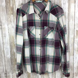 Maurices XL plaid long sleeve button up shirt